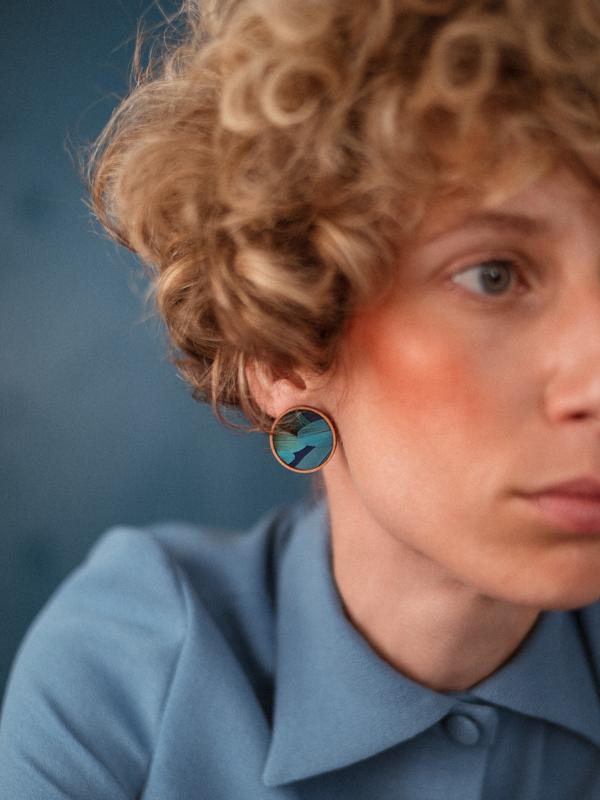 boucles d'oreilles dunes plumes bleues
